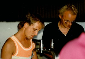 Thomas und Karsten beim Ausschank